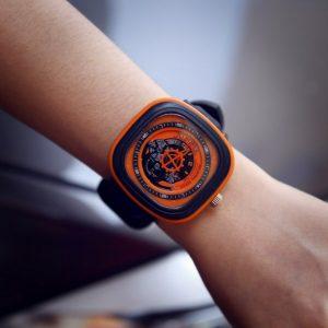 Часы SEVEN FRIDAY оранжевые