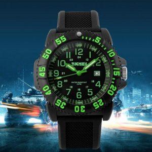 Часы люминесцентные LUMINOX зеленые