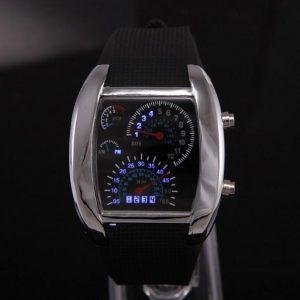 Часы в форме спидометра автомобиля металлические