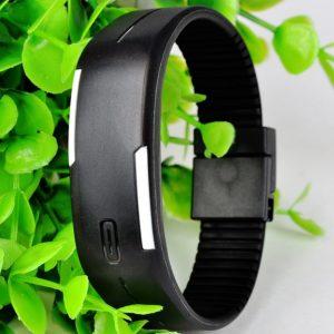 Часы силиконовые браслет черный