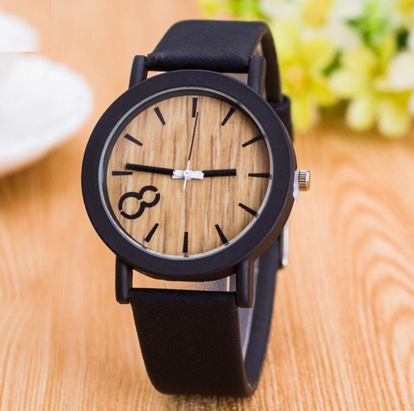 Деревянные часы 8 с черным браслетом