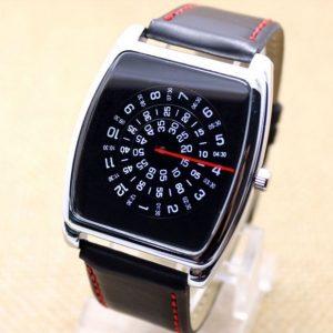 Часы с открытыми дисками квадратные