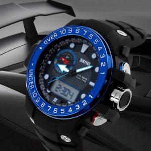 Часы электронные с синим Базелем