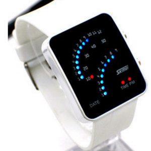 Часы светодиодные с красно-синей индикацией белый