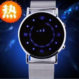 Часы зеркало с синей индикацией
