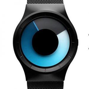 Часы с прозрачными двухцветными дисками